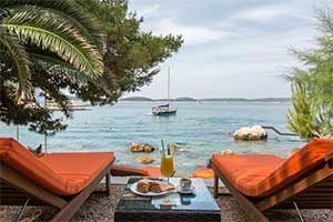 hvar where to stay
